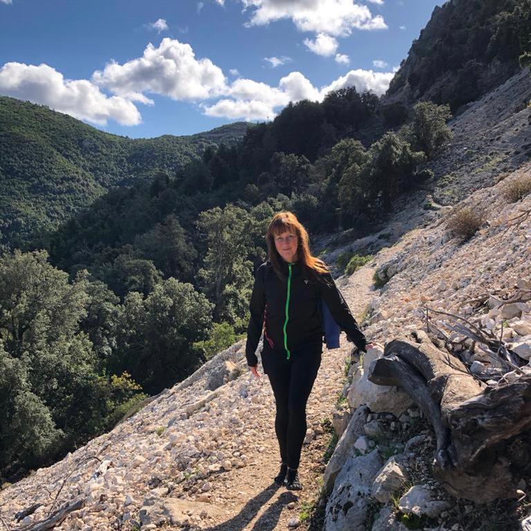 José Löhr, Barefoot, bergwandeling, natuur, TRE, Adem Coaching, Creatief Kunstzinnige begeleiding en Retreats